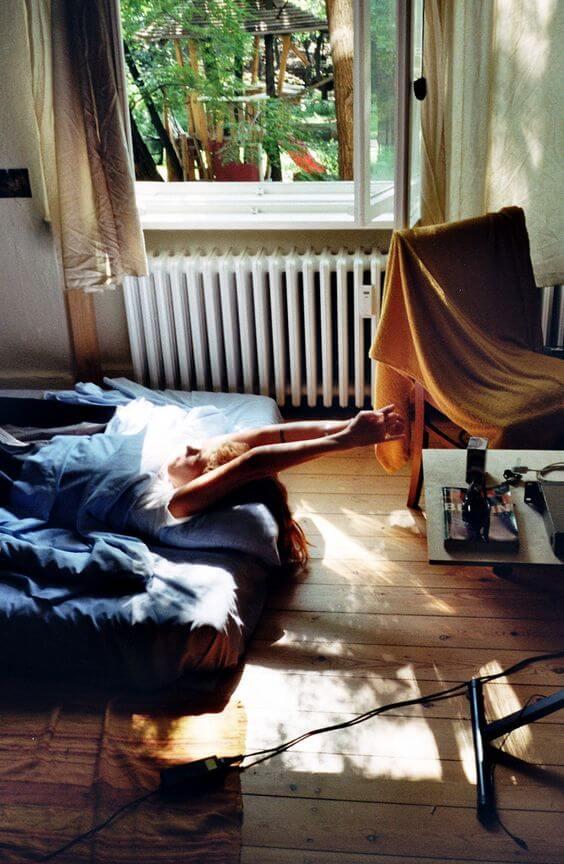 8畳ワンルーム・ベッドの位置